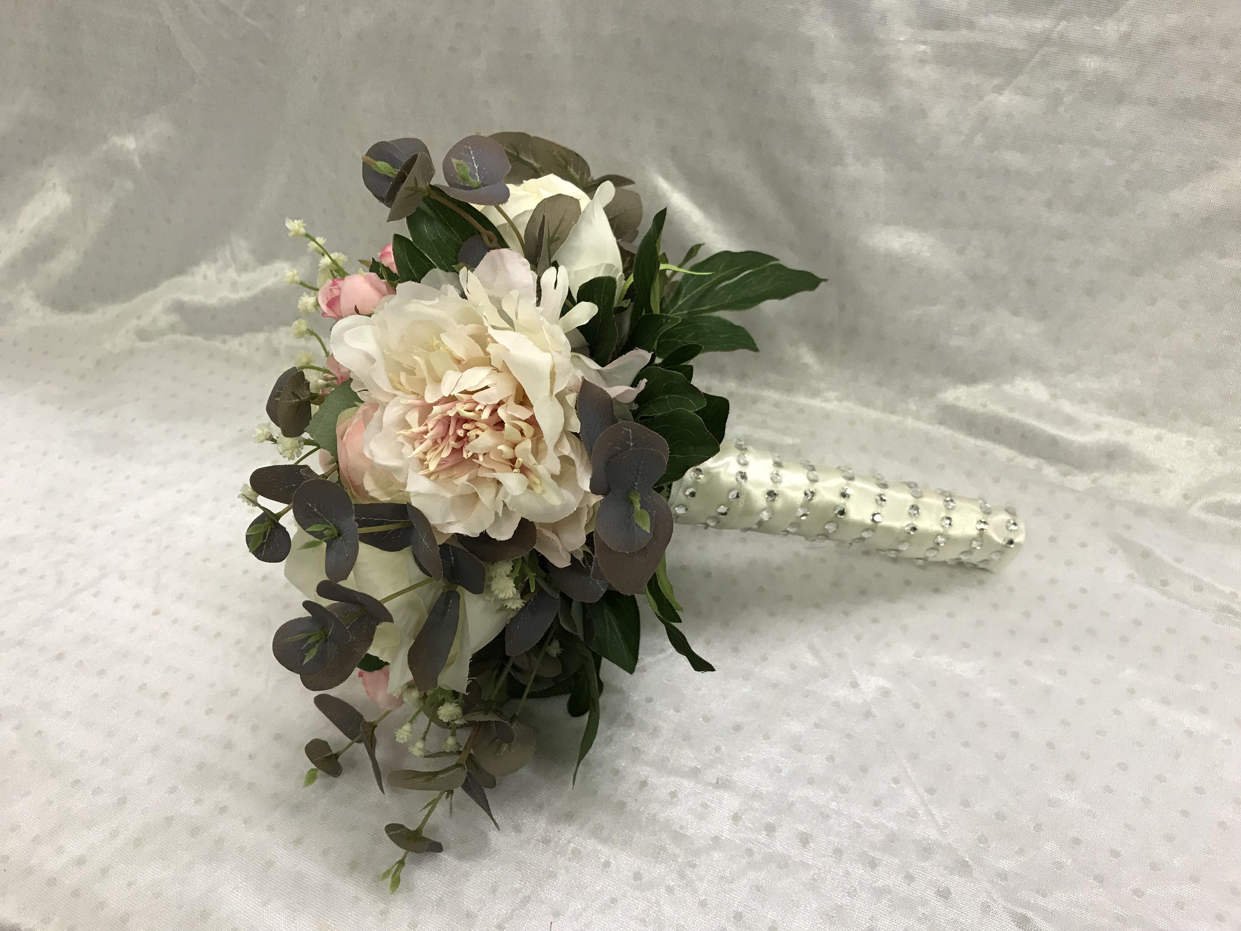 Lifelike Silk Wedding Flowers